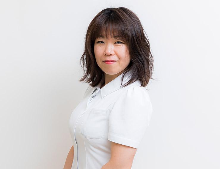 岡田 彩子(旧姓 舘)(おかだ あやこ)