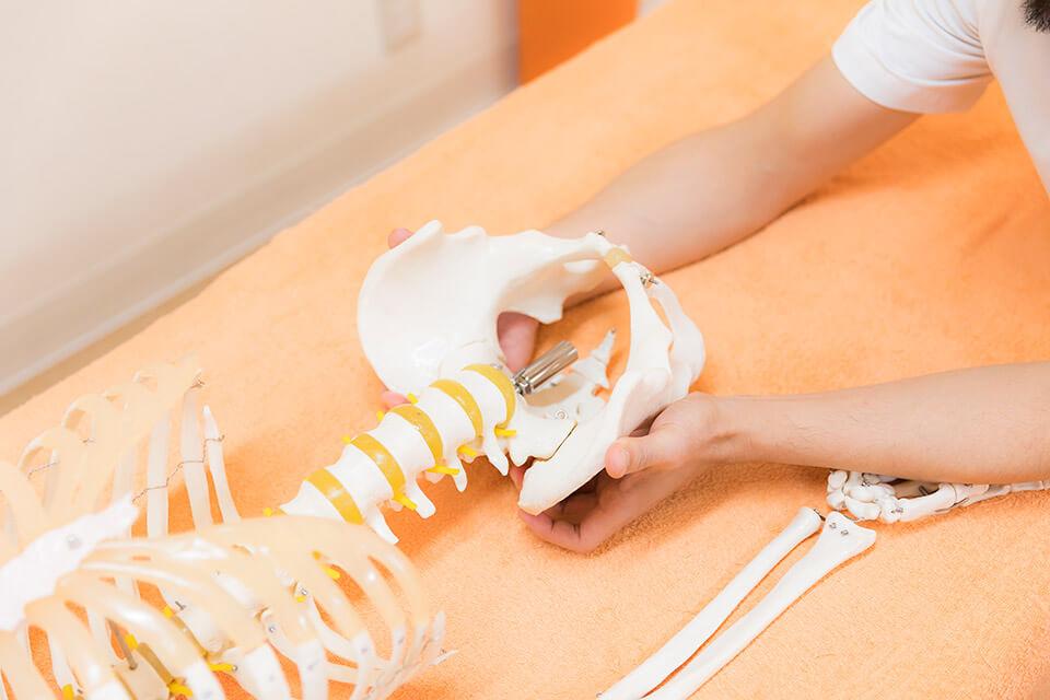 骨盤矯正・産後骨盤矯正